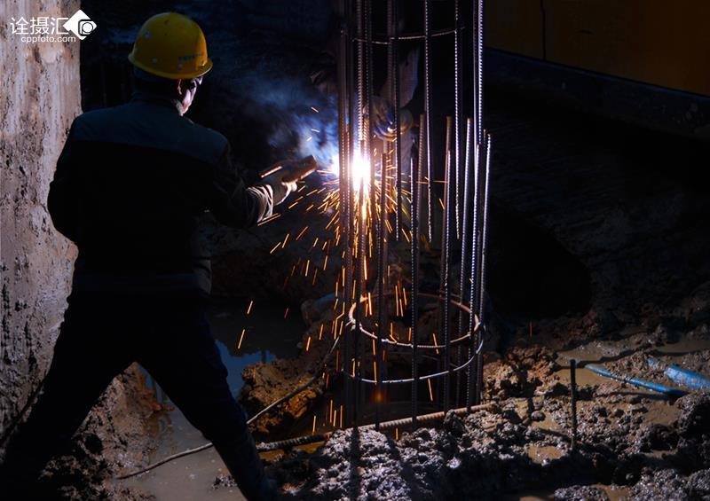 焊工细节电路板